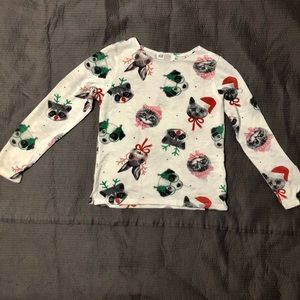 4 FOR $12! Girl's H&M long sleeve holiday tee